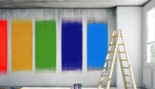 Краски разных цветов для бетонных стен