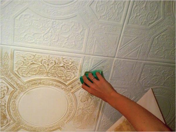 Покраска потолочнй плитки