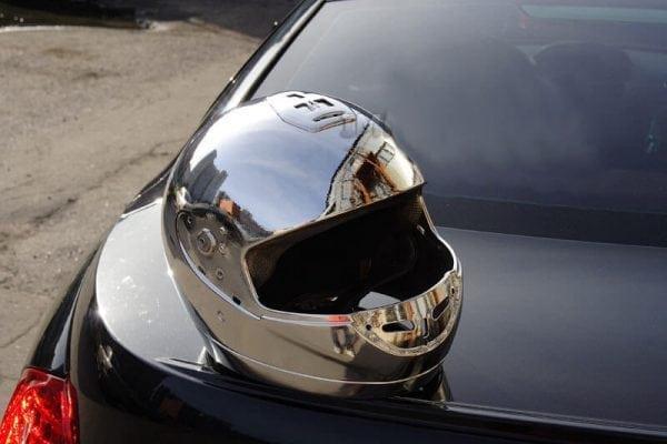 Металлизированный защитный шлем