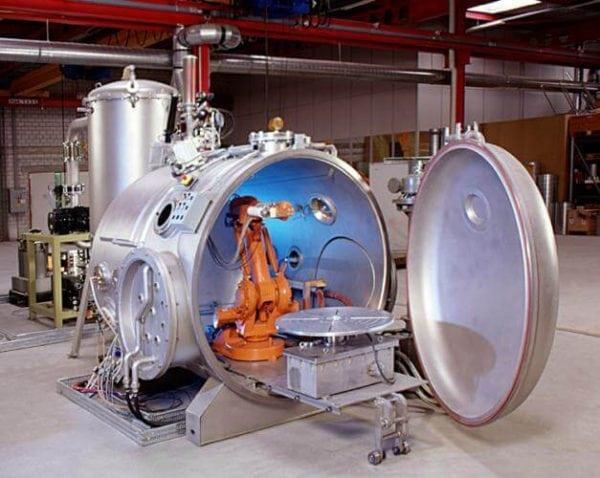 Вакуумная камера для металлизации