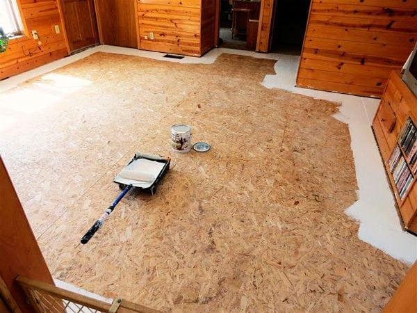 Покраска плит ОСБ на полу