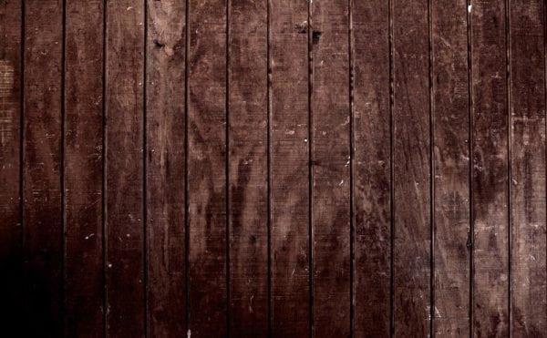Древесная текстура на стене