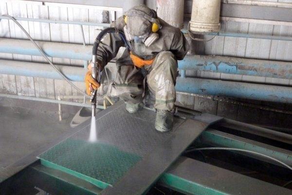 Пескоструйный метод удаления краски