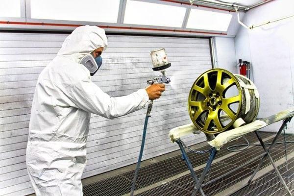 Нанесение краски металлик на автомобильный диск