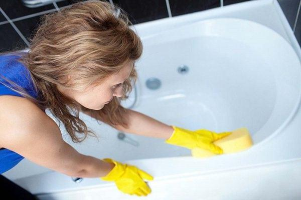 Уход за покрытием отреставрированной ванны