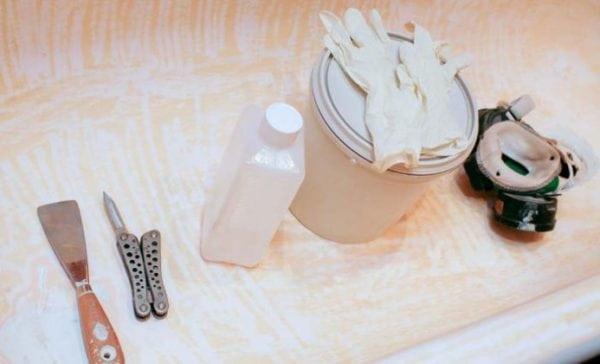 Инструменты, необходимые для реставрации ванной акрилом