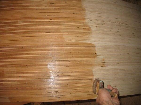 Пропитка листов фанеры олифой