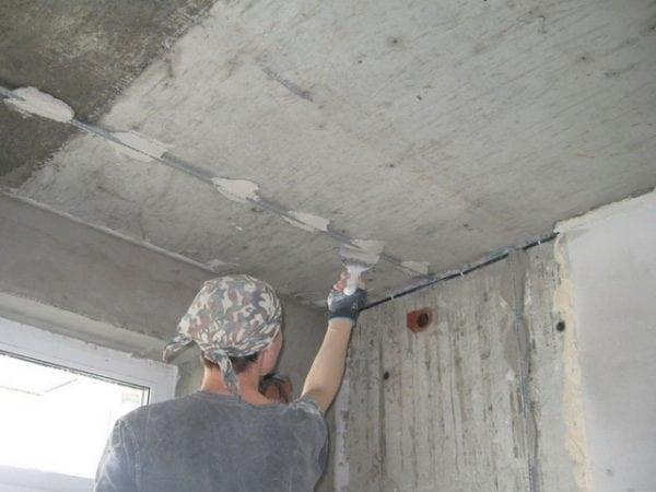 Установка маячков на потолок