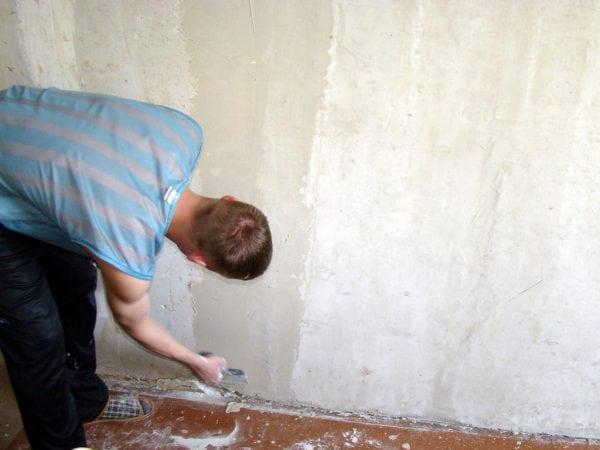 Выравнивание стен перед наклейкой обоев