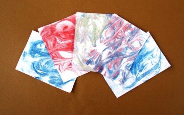 Окраска бумаги под мрамор