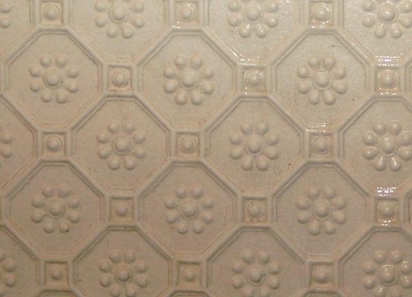 Обои линкруст на потолке