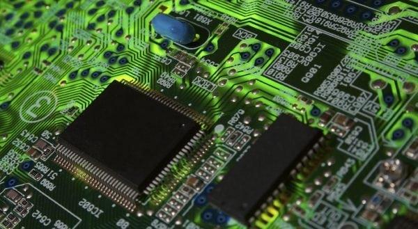 ЭП-969 применяется для электроизоляции радиоэлектронной аппаратуры