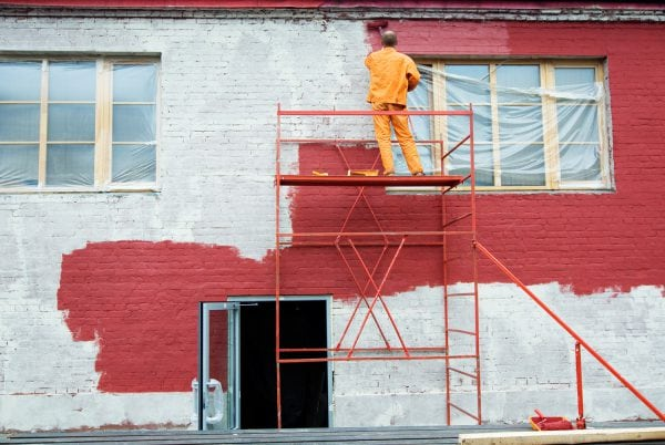 Краска ХВ-161 не трескается при осадке здания