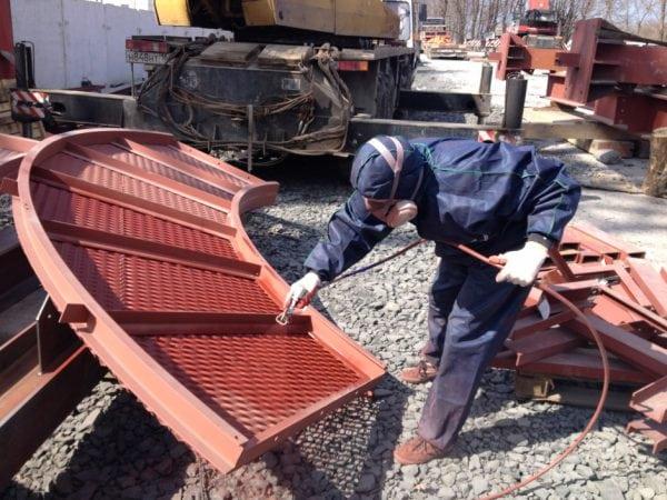ХС-04 используется для защиты конструкций из металла и бетона