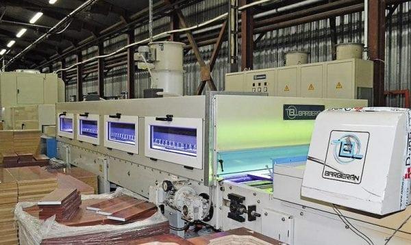 Автоматизация окраски с УФ-отверждением возможна только для больших объемов производства