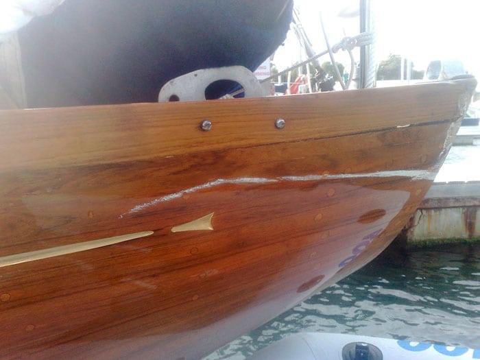 Глянцевый яхтный лак