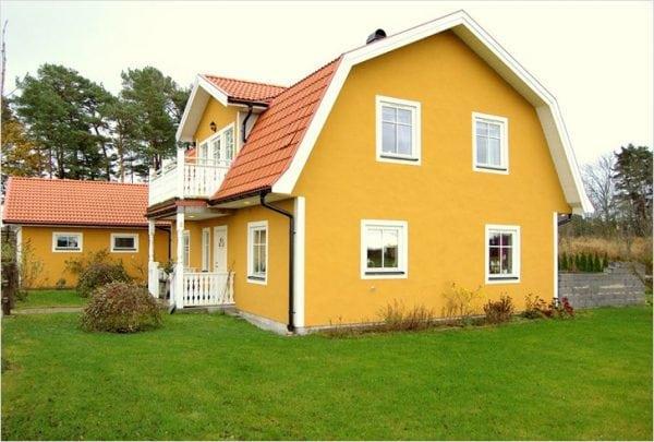 Техника покраски дома