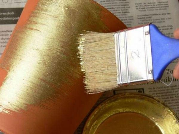 Бронзовая краска - выбор, подготовка и нанесение