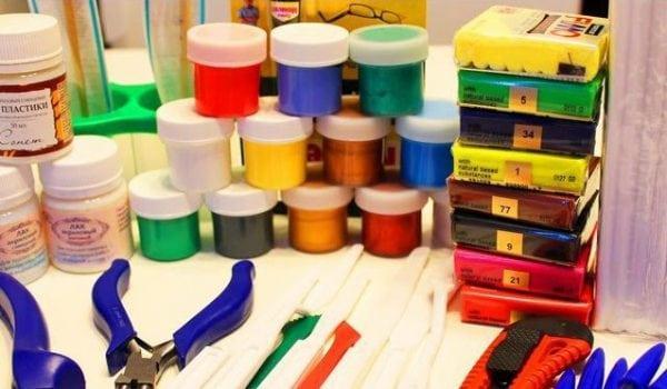 Краски и инструменты для полимерной глины