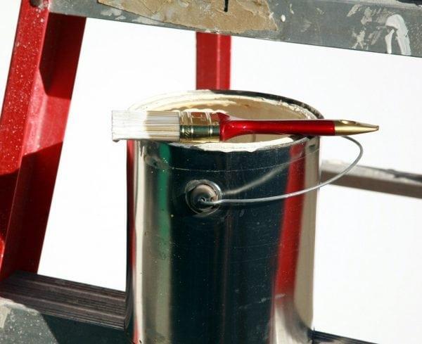 Грунтовка и другие вещества