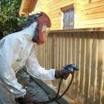 Нанесение защитного покрытия на дерево