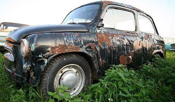 Коррозия на старом автомобиле