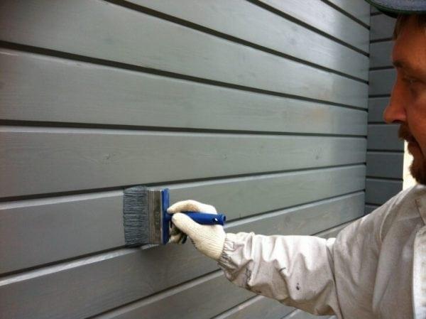 Фасадная краска для работ по дереву