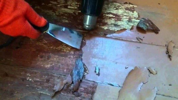 Удаление краски с помощью строительного фена