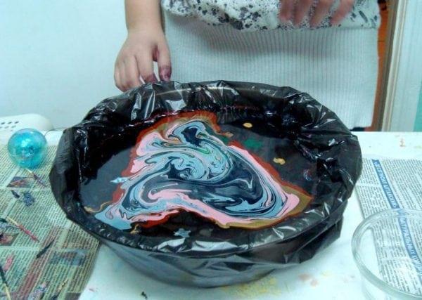 Мраморирование обычными красками