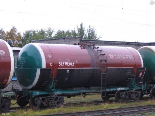 ХС-759 применяется для покраски цистерн, резервуаров, вагонов