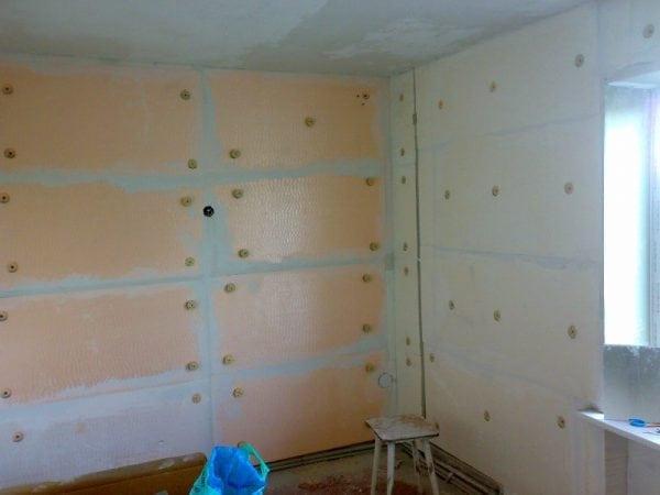 Чем клеить пеноплекс к стене и между собой, какой клей выбрать?
