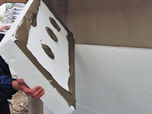 Наклеивание пенопласта на бетон