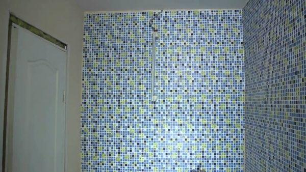 Декоративные пластиковые панели обладают высокой водонепроницаемостью