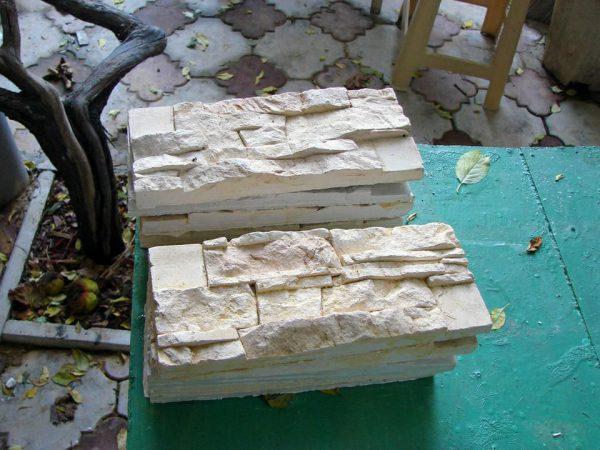 Искусственный камень из гипса для облицовки стен