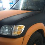 Автомобиль покрашенный краской Raptor