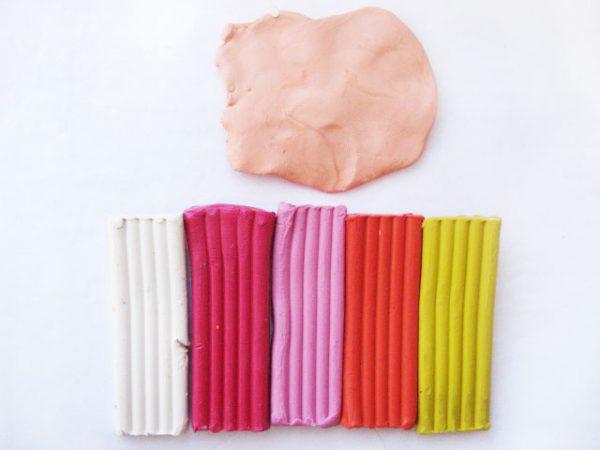 Получение бежевого цвета при лепке пластилина