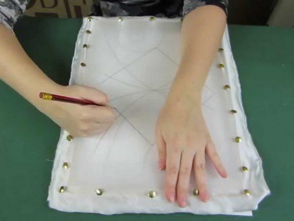 Перенос эскиза на шелковую ткань