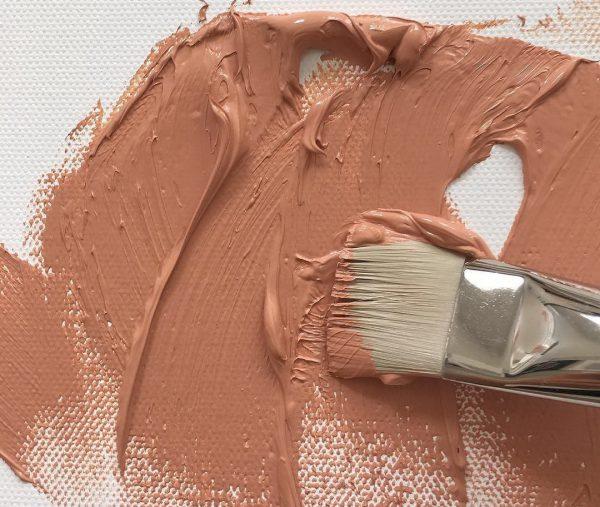 Светлые оттенки можно получить путем добавления белой краски в коричневую