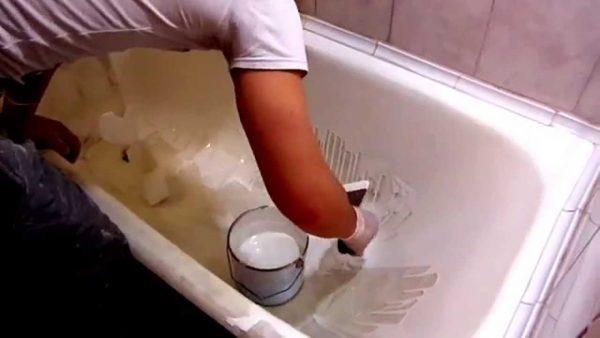 Нанесение покрытия на ванну
