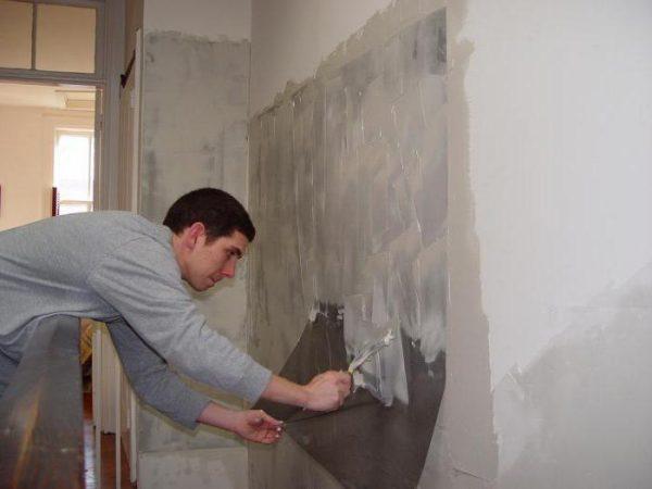 Подготовка стен в ванной под укладку плитки
