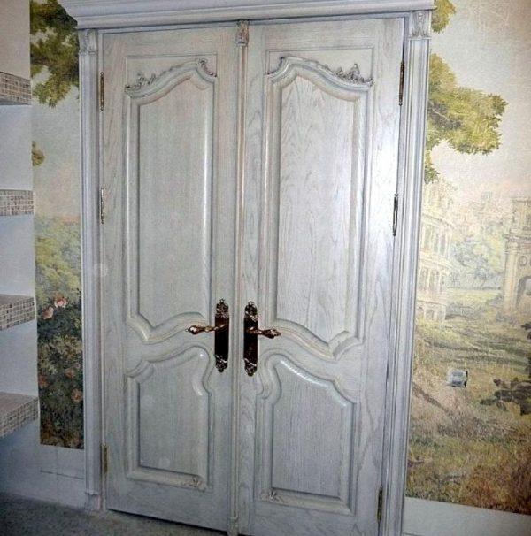 Восстановленная эксклюзивная дверь