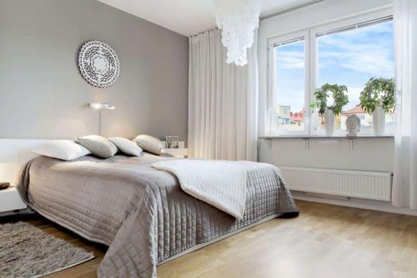 Вариант использования при оформлении спальни