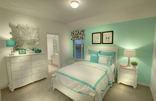 Спальня в мятном цвете