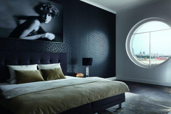 Черный цвет стен допустим при хорошем освещении