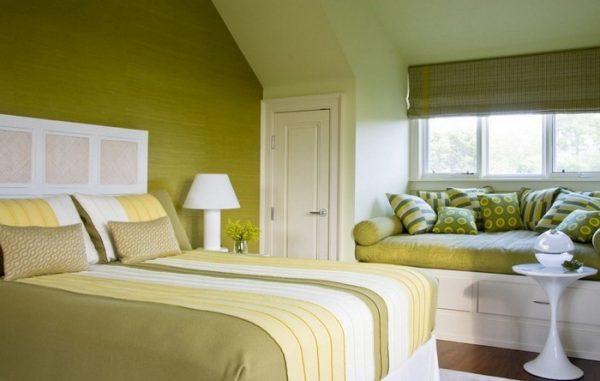 Использование оливкового при оформлении спальни