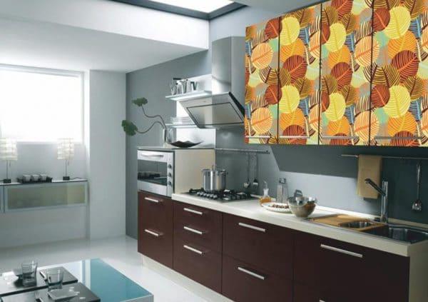 Обклейка фасада кухонного гарнитура