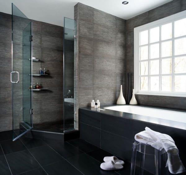 строгая успокаивающая отделка ванной