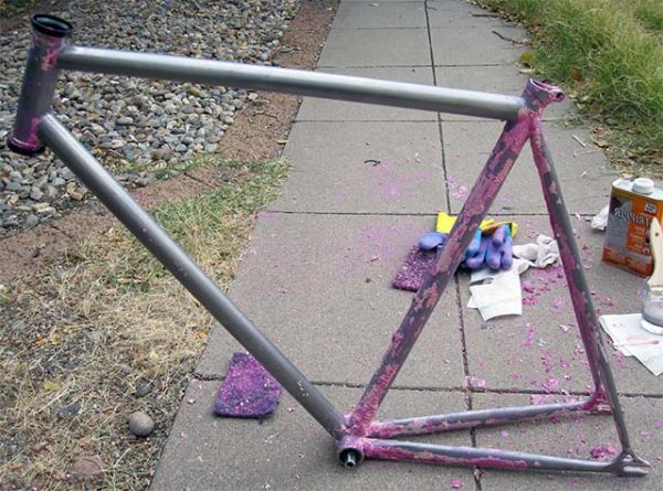 Очистка рамы велосипеда от краски