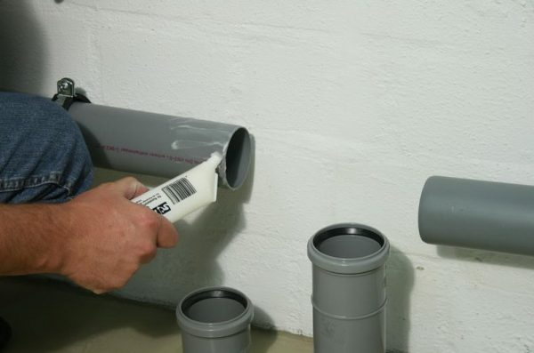 Подходит для герметизации канализационных труб