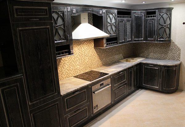 Кухонный гарнитур черный с серебром